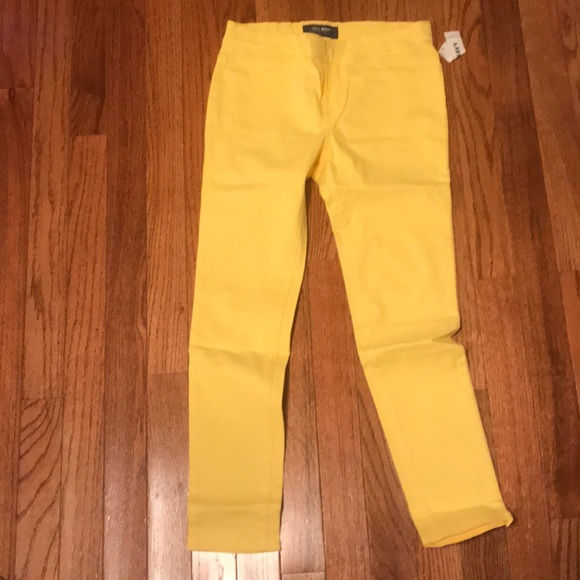 Old Navy Other - Sunny Jeggings